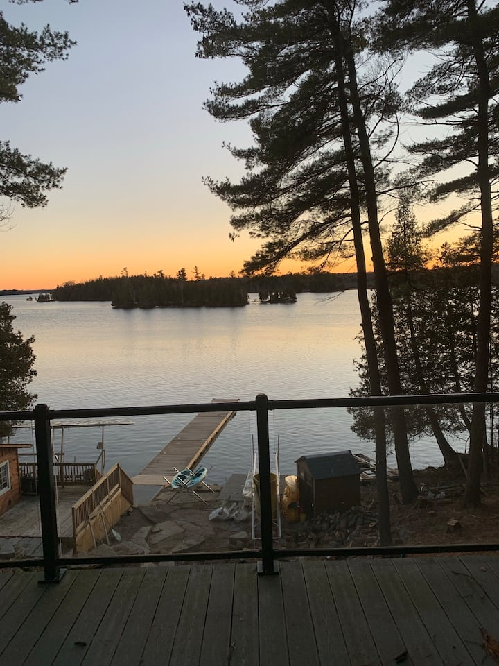 Luxury Cottage 4 bed 2bath WIFI Fireplace Fire Pit