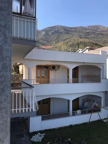Apartments Lucicmonte