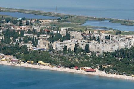Сдам квартиру у моря Лузановка посуточно - Odesa - Lakás