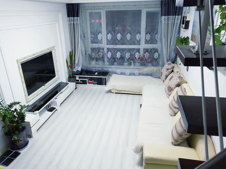 长白山山景房,有空调,三室两厅可住1-8人,优惠价代购各种门票