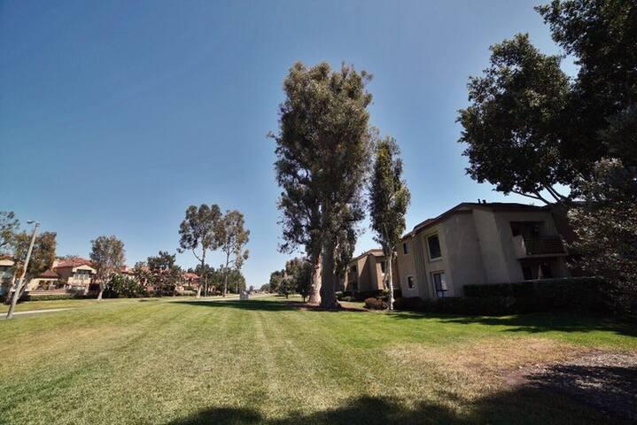 Lovely apartment! 2b2b in Irvine