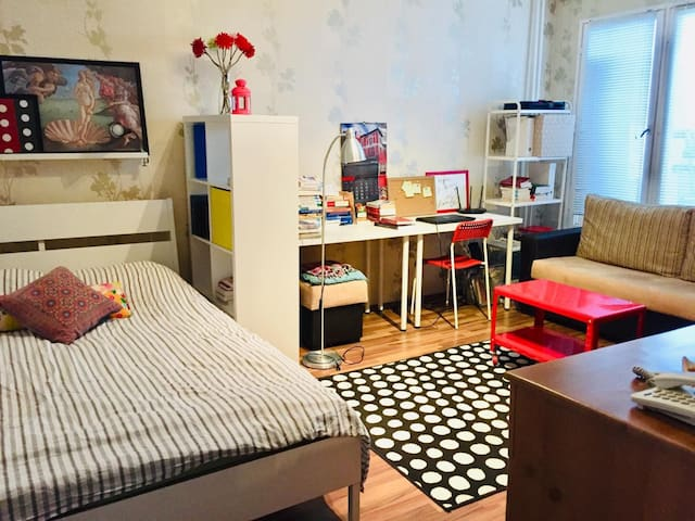 Sweet, Cosy appartment very close to metro station