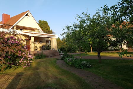 Private eco house in Aseri. Baths, garden. We wait