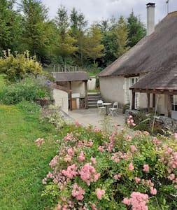 """Gite """"écrin de verdure"""" vallée de la Loire"""