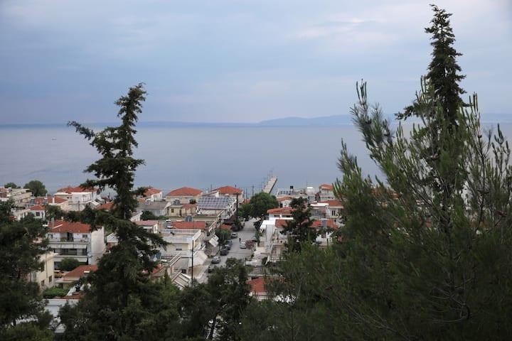 Agia Triada maisonete with view of the sea