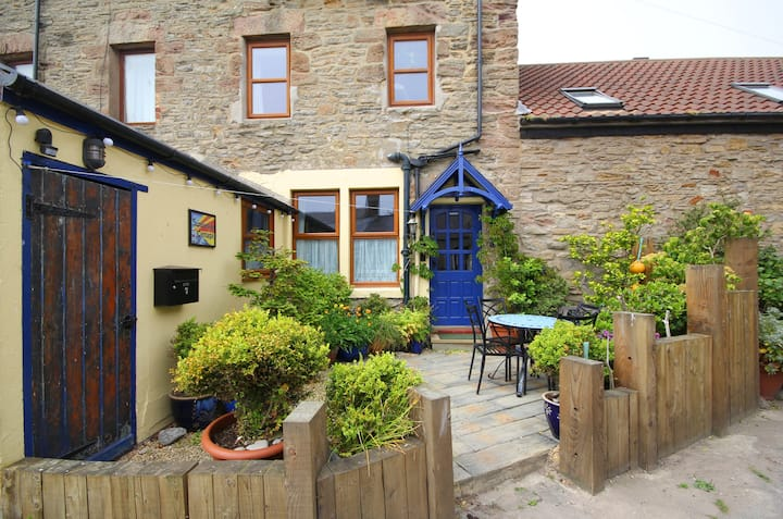 Seahouses Seaside Cottage