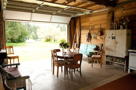 private farm cabin on mystery bay - Marrowstone - Zomerhuis/Cottage