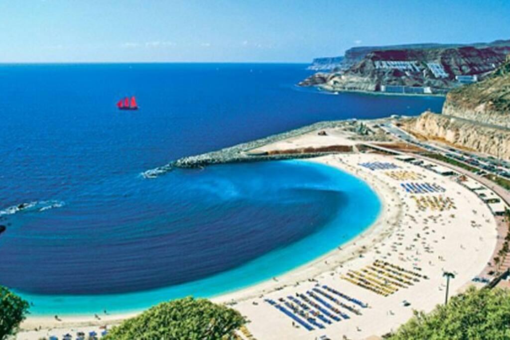 Playa de Amadores. Sur de la isla.