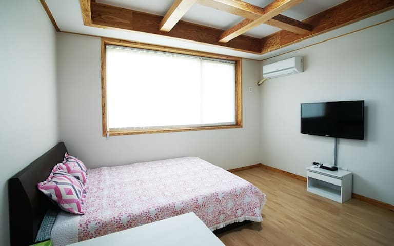 Comfortable Room Park's villa GAMBI