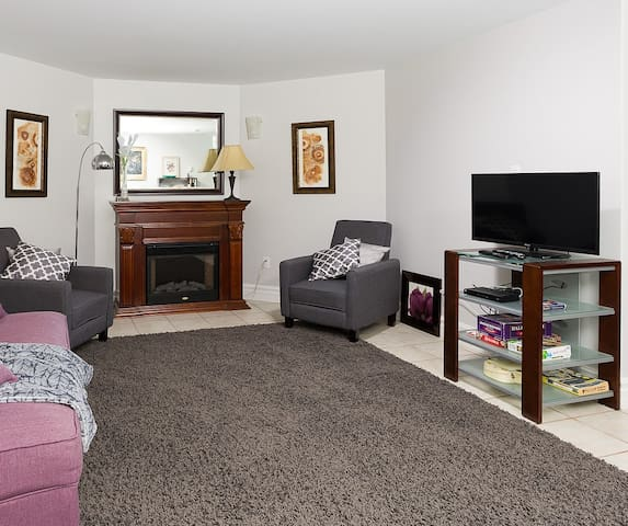 Quiet & Close to Highway – Lower Level Suite