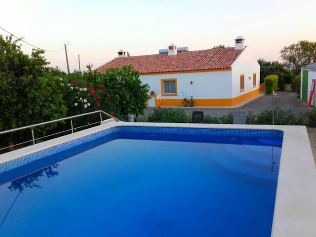Moradias numa quinta com laranjeiras - Faro - Villa