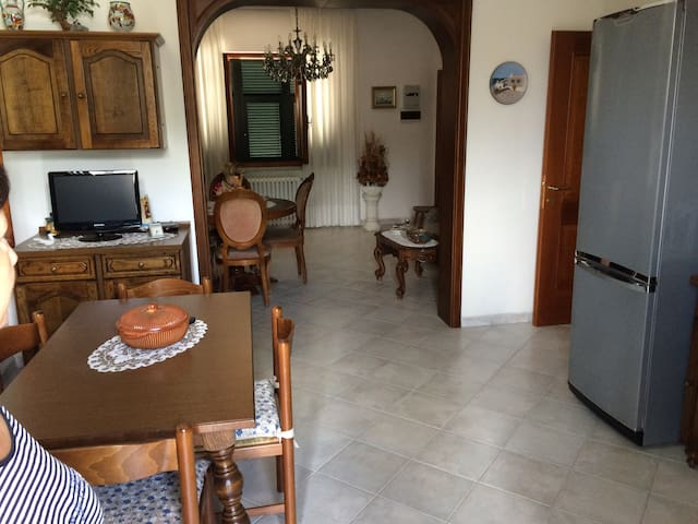 Casa vicino al mare - Marina di Carrara - Дом
