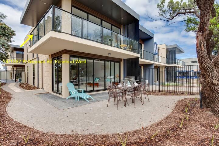 Beachfront Beauty - Rosebud West - Apartment