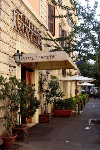 Rooms Coppedè - Roma - Bed & Breakfast