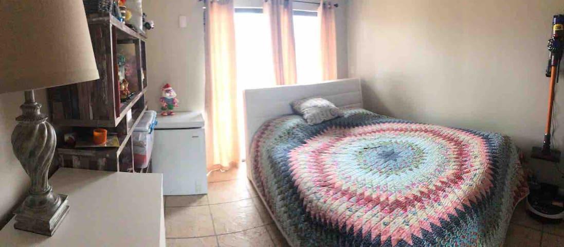 Cozy private room in Boca Raton