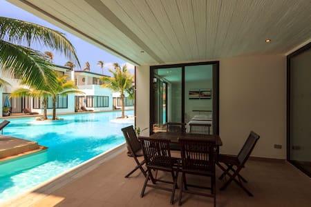 Pool access apartment, 3 bedrooms - Koh Lanta - Wohnung