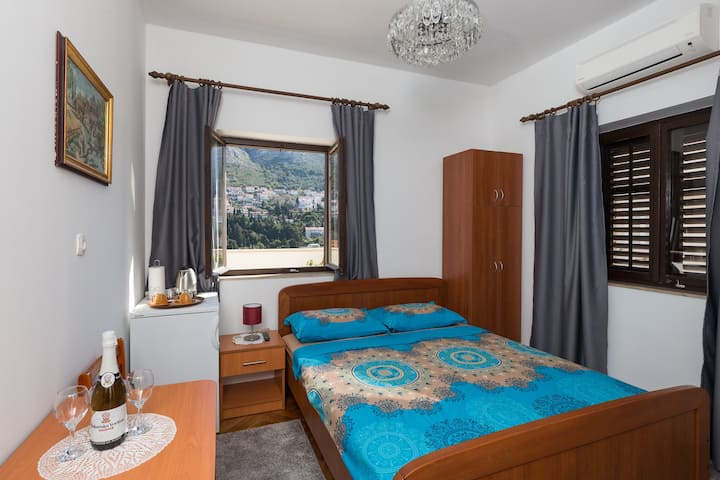 Guest House Cesic - Double Room No6