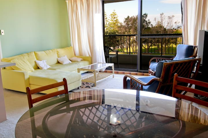Your Super Flat on the Gold Coast! - Surfers Paradise - Apartment