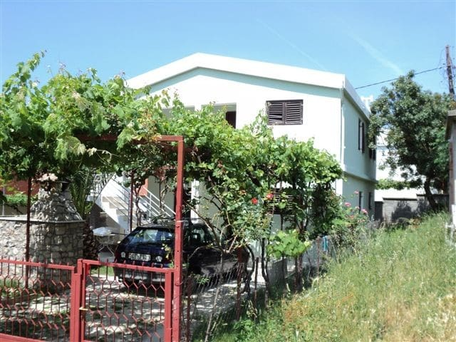 Big 2 floor house with garden - Sutomore - House