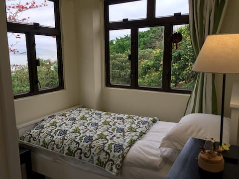 Perfect home for a solo traveller on Lamma Is.