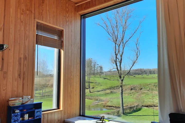 Maison de campagne avec superbe vue et jardin