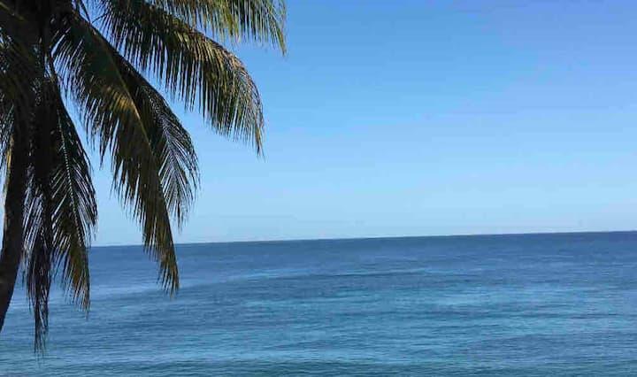 BEACH FRONT APARTMENT 2
