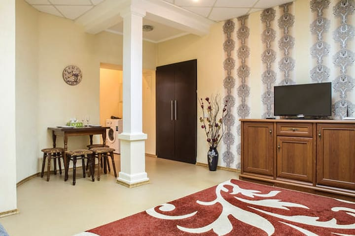 2room apt - Freedom Square!!!Center - Kharkiv - Appartement