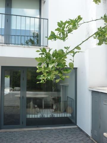 """Vivenda em Góis """"Casa da Terra"""" - Vila Nova do Ceira - Hus"""
