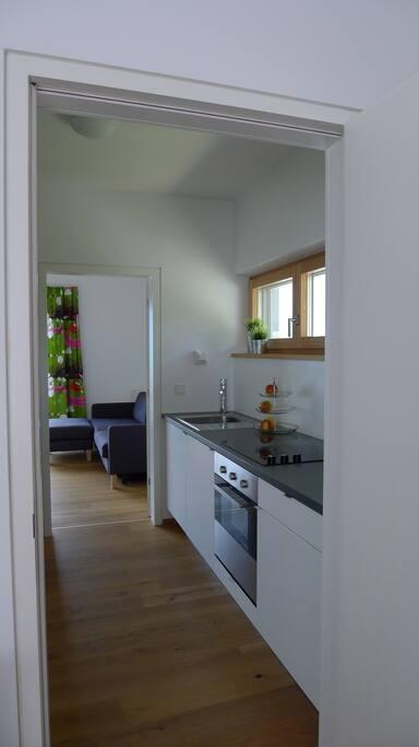 Küche mit kompletter Ausstattung