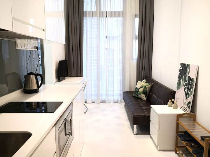 Stardard 2BR Apartment Near MRT