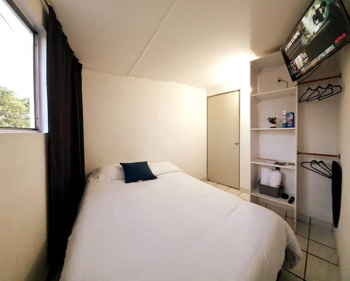 Alexa Room  / handy and safe/ 2 per.