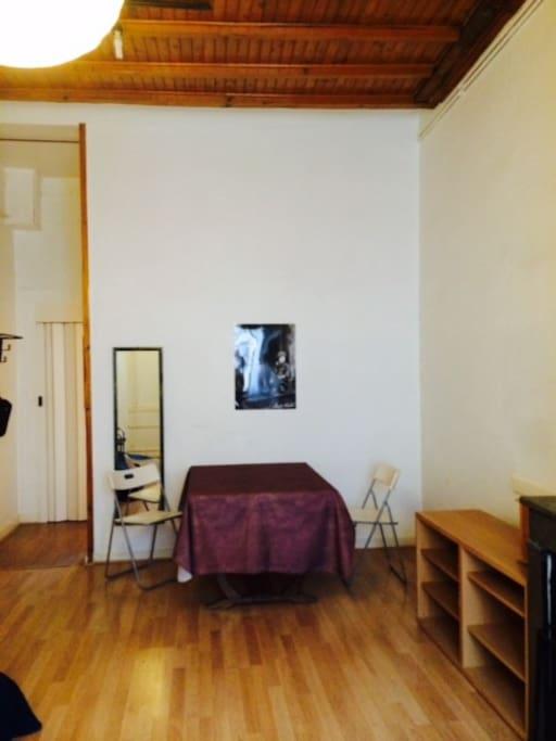 Salon avec plafond à la française