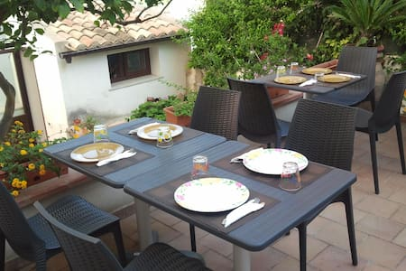 B&B Cafisu - Paceco - Bed & Breakfast
