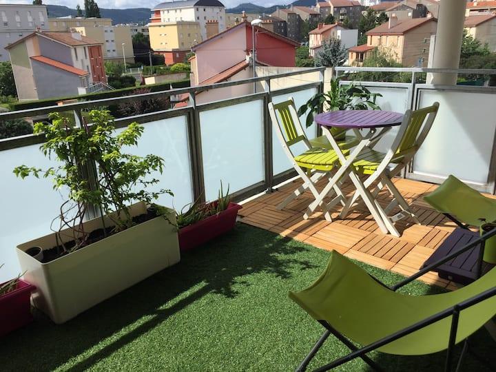 Appartement Terrasse, tram, Cézeaux, CHRU Montpied