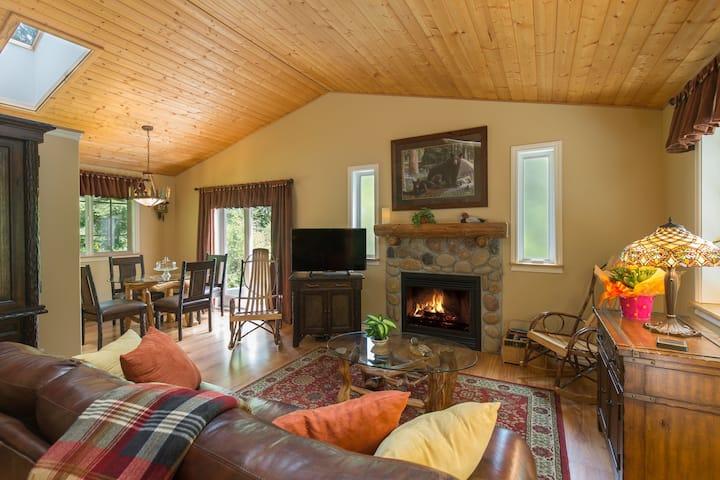 Woodland Retreat Cottage at A Hidden Haven