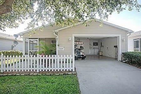 1br best priced home w/cart in Villages - The Villages