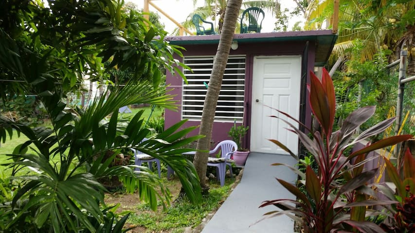 Charming cottage for One or Two - Vieques