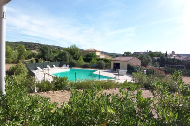 Maison 6 personnes avec piscine (B)