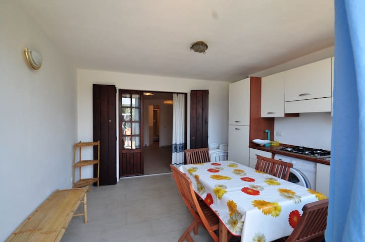 New on the beach, A/C and pool  - Marinella - Apartment
