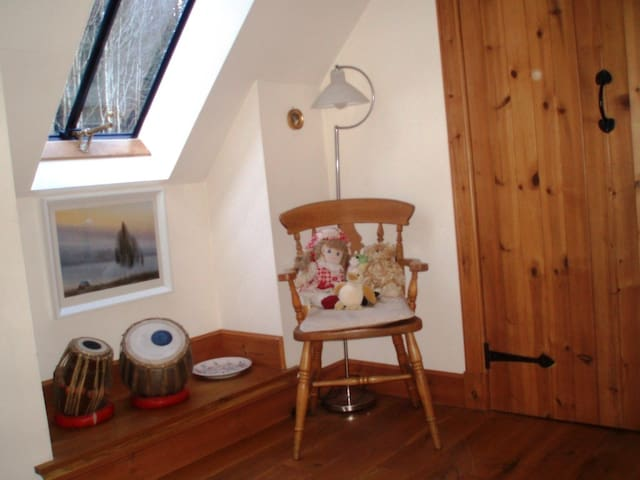 Cosy single room near Crieff/Comrie - Comrie - Bed & Breakfast