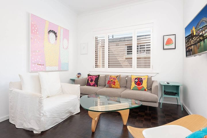 Ultimate Bondi Beach Lifestyle Pad - 2 Bedroom