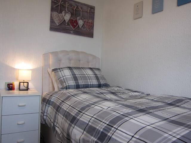 Bright Single Bedroom in Newcastle, UK! - Newcastle upon Tyne - Dům