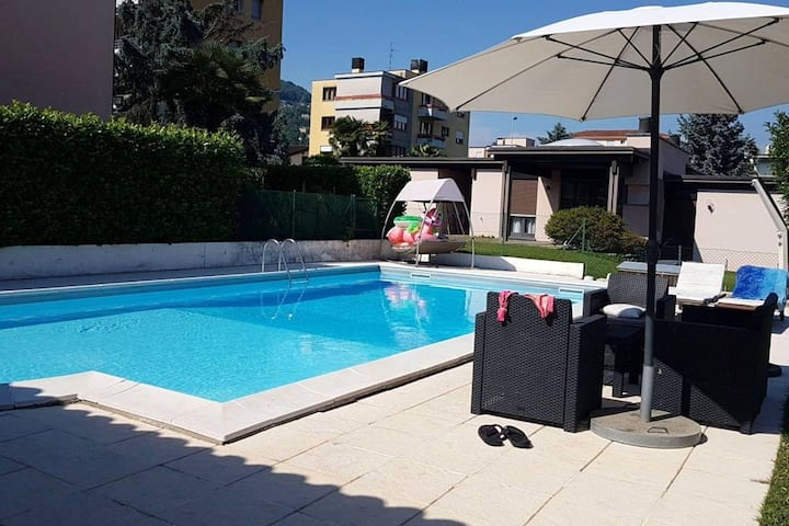 Apartment with one bedroom in Caslano, with wonderful mountain view, shared pool, enclosed garden