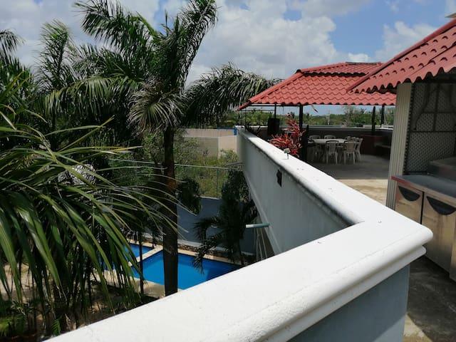 Cancún: Cenote, Alberca y clima. 15 min aeropuerto