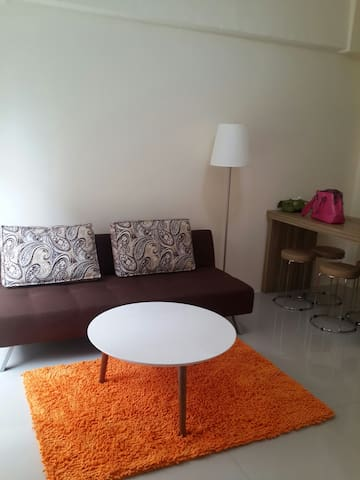 Cozy suite room with pool view -  Jl. Achmad Sobana, Bogor - Apartmen