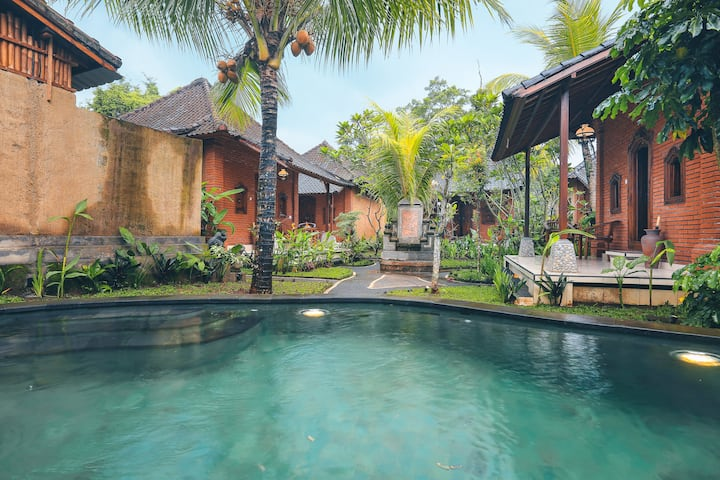 The Alus Cottage in Desa wisata