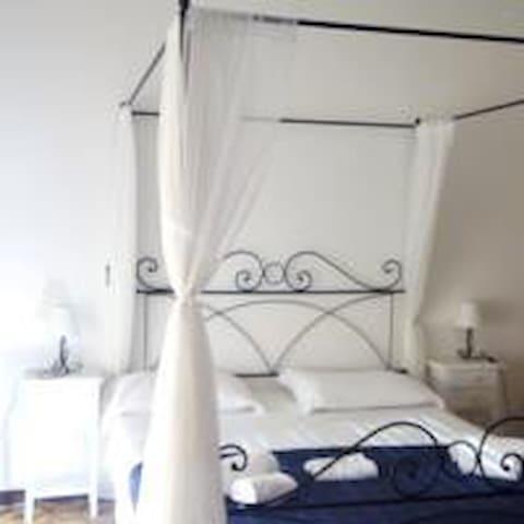 La Maison de Adele - Alghero - Bed & Breakfast