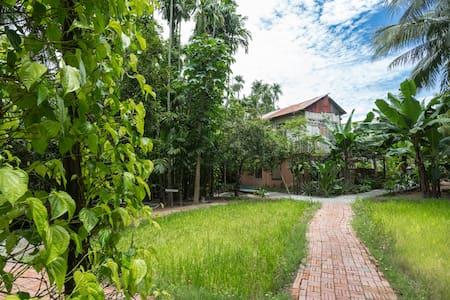 Exploring the ancient civilization of Khmer empire