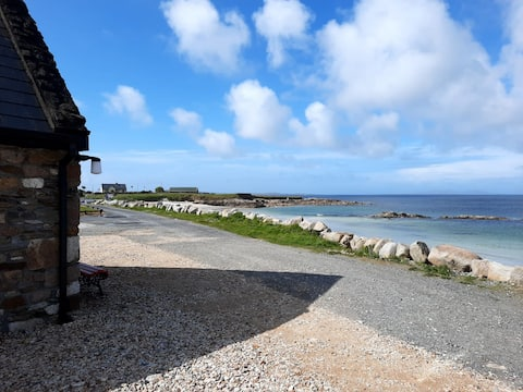 Emlagh Beach Cottage, an oceanview to remember