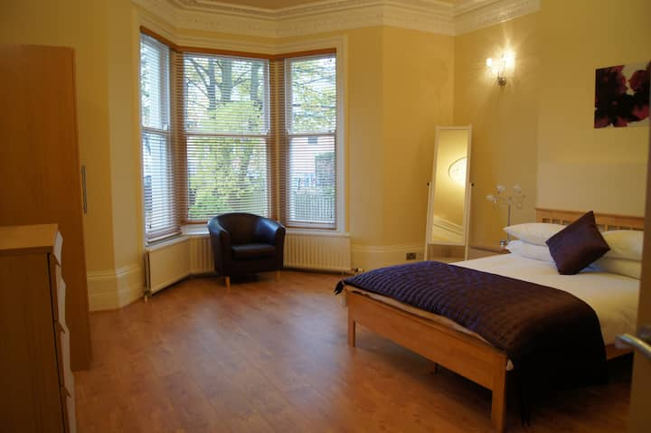 Lovely Apartment in Unbeatable Jesmond Location